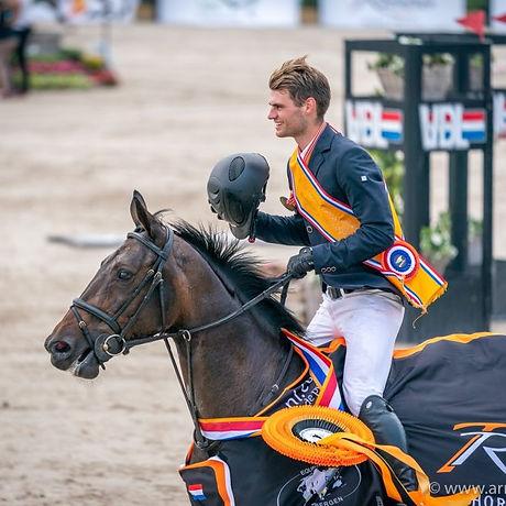 Bas met Hardesther, NK kampioen YR 2020