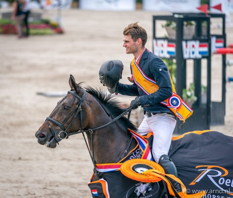 Bas Nederlands Kampioen Young Riders met Hardesther