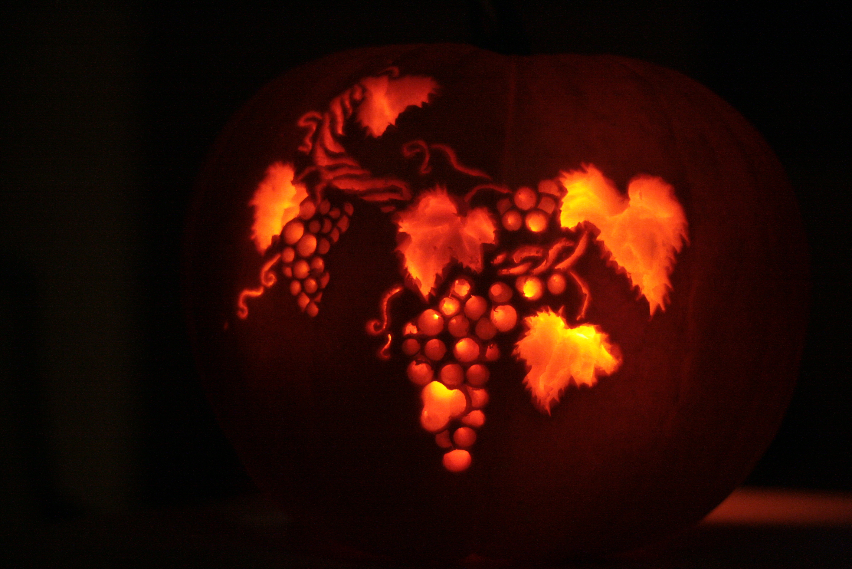 Pumpkin Carving of Grape vines