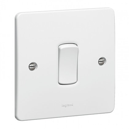 Legrand Synergy 1G Intermediate Switch 730005