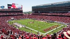 Broncos_vs_49ers_preseason_game_at_Levi'