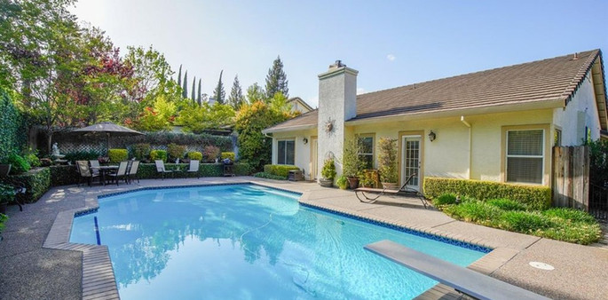 568 Crownpoint Circle, Vacaville