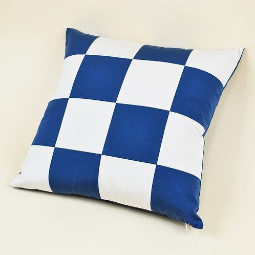 Medium Checkered Outdoor Throw Pillow