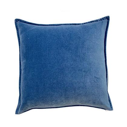 Dyed Velvet Blue 20x20