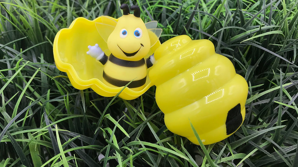 Bee Puppet & Hive