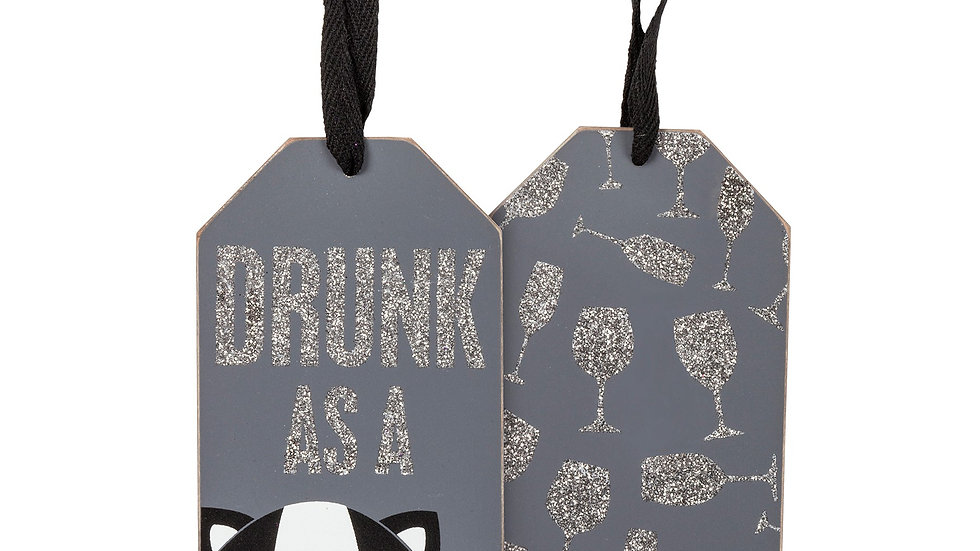 Drunk as a Skunk Wine Tag