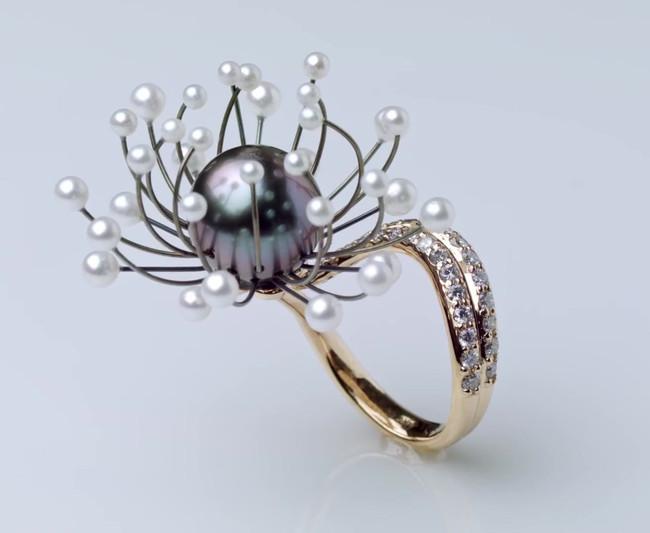 Blossom Shape memory jewelry.mp4