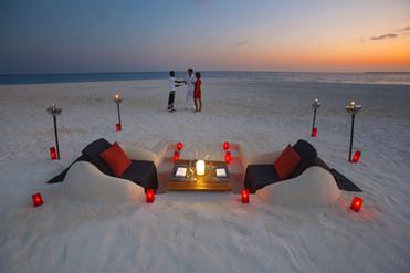 beach-dinner.jpg