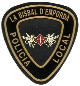 La Policia Local de La Bisbal d'Empordà sorprèn un home a un pis on havia entrat a robar