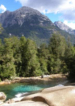 Toboganes en la Junta, valle de Cochamó, trekking, senderismo