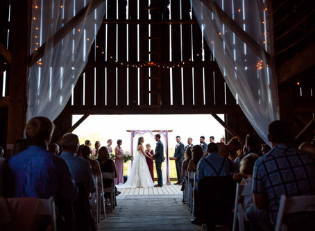 7 Reasons to Have a Barn Wedding