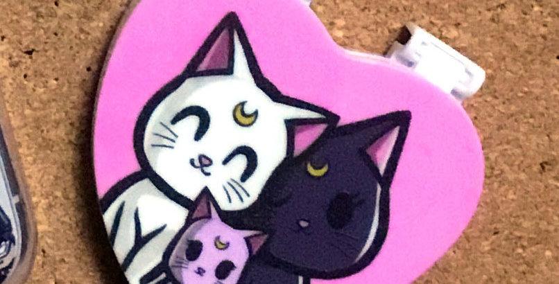 Moonie Kitty Heart Mirror + Stand