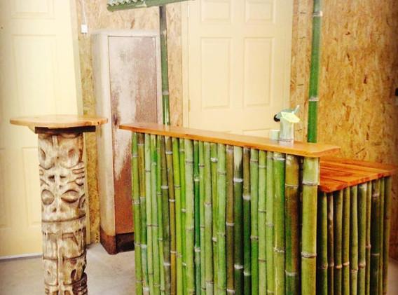 Totem Pole and Tiki Bar