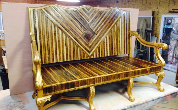 TN Tobacco Stick Couch