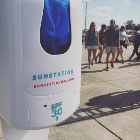 Sunstation sunscreen dispenser at 5K