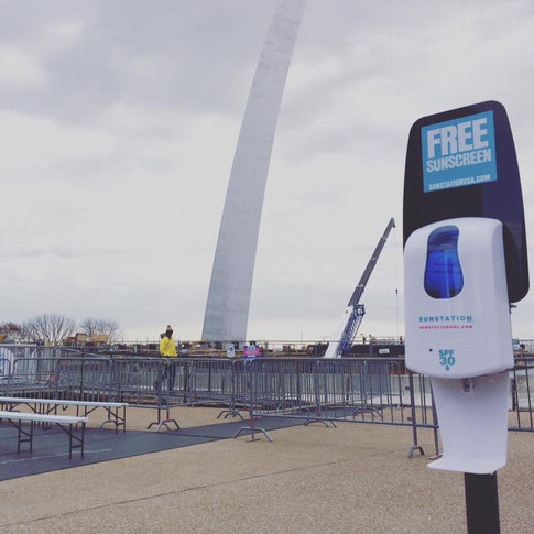 Sunstation USA Sunscreen Dispenser at The St Louis Arch