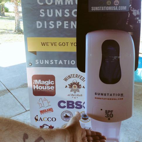 Sunstation USA Sunscreen Dispenser at Blackout Melanoma 5K