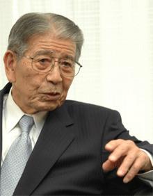 電通最高顧問 成田豊