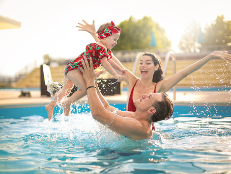 Tips For Tackling A Family Beach Or Pool Outing
