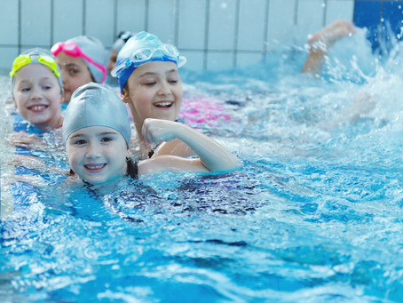 Benefits of Group Swimming Lessons for Your Child