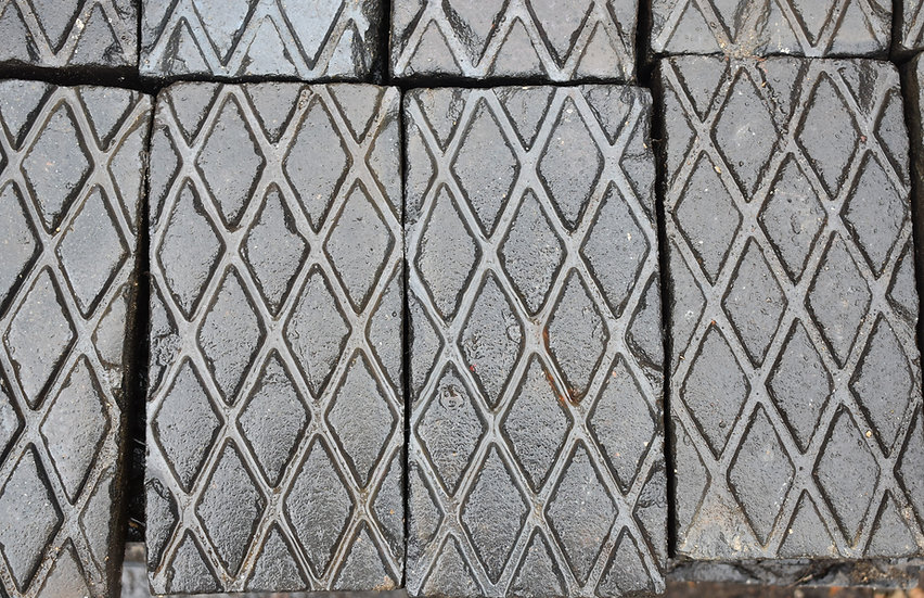 Reclaimed Victorian Blue Dimond Cut Paver