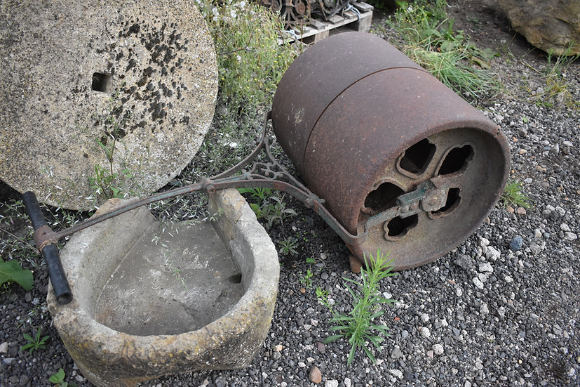 large Victorian cast iron roller