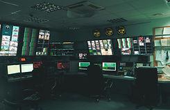 MPI-Tracking-Control-Room_edited.jpg