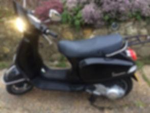 VespaLX125 2011  Black side.JPG