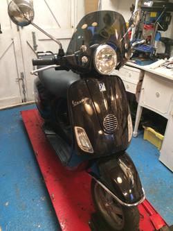 Vespa LX125 2011 In workshop