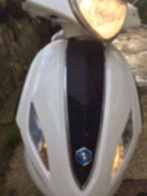 PiaggioFly125 2013 White -Front lights o