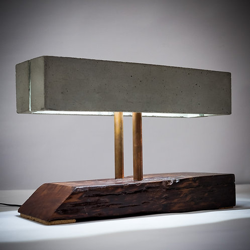 Lamp with rectangular base