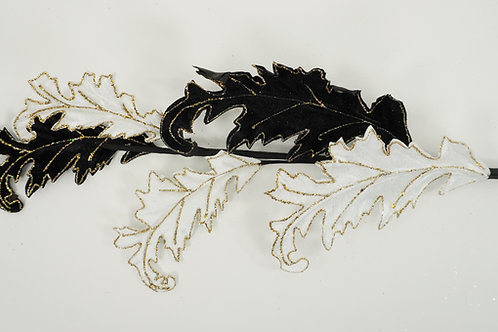 ACANTHUS LEAF BLACK AND WHITE