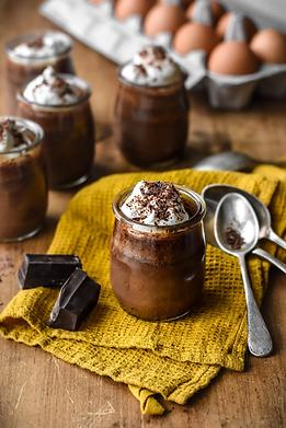 Classic-French-Chocolate-Pots-de-Creme.webp
