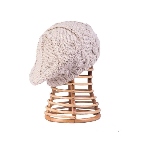 Cable Beret Oatmeal