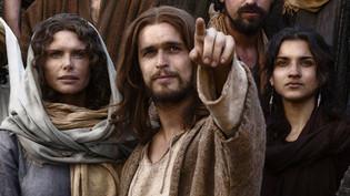 Diogo Morgado as Jesus, Roma Downey and Amber Rose Reva , The Bible