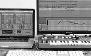 Tapelab, Ableton Live Workshop, Privé Lessen, Macbook Pro, Ableton Live, Microkorg Keyboard