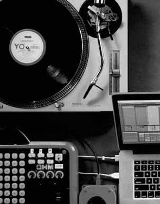 Tapelab, Ableton Live, Macbook Pro, Vinyl, Record Player, Technics SL1200, Ableton DJ workshop, DJ, Privé Lessen