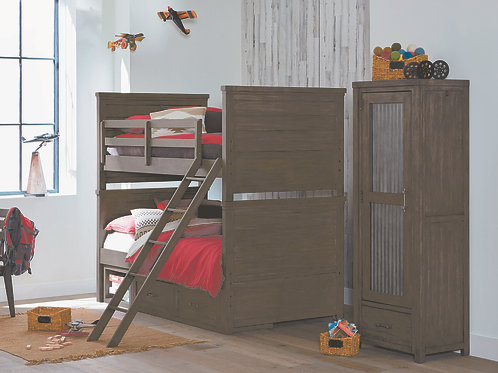 Bunkhouse: Twin/Twin Bunk Bed