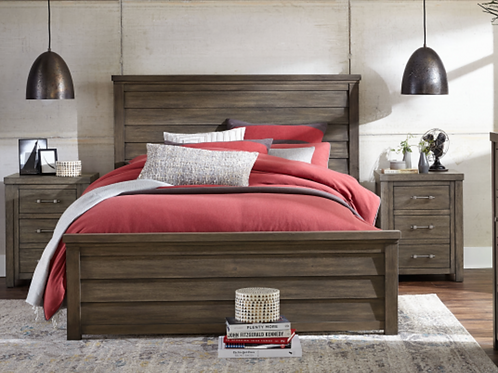 Bunkhouse: Queen Bed