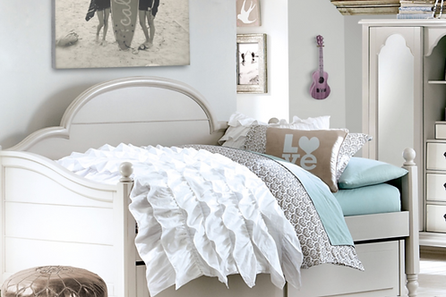 Morning Mist: Westport Panel Twin Daybed