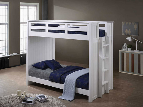 Cottage: Bunk Bed Side Ladder