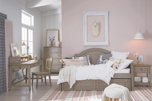 Farm House: Daybed Twin