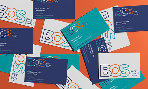 Un assemblage de carte de visite pour BOS Back Office Santé