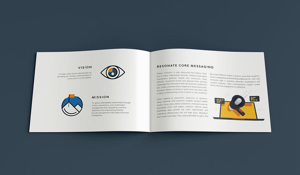 Mockup_Brochure_3.jpg