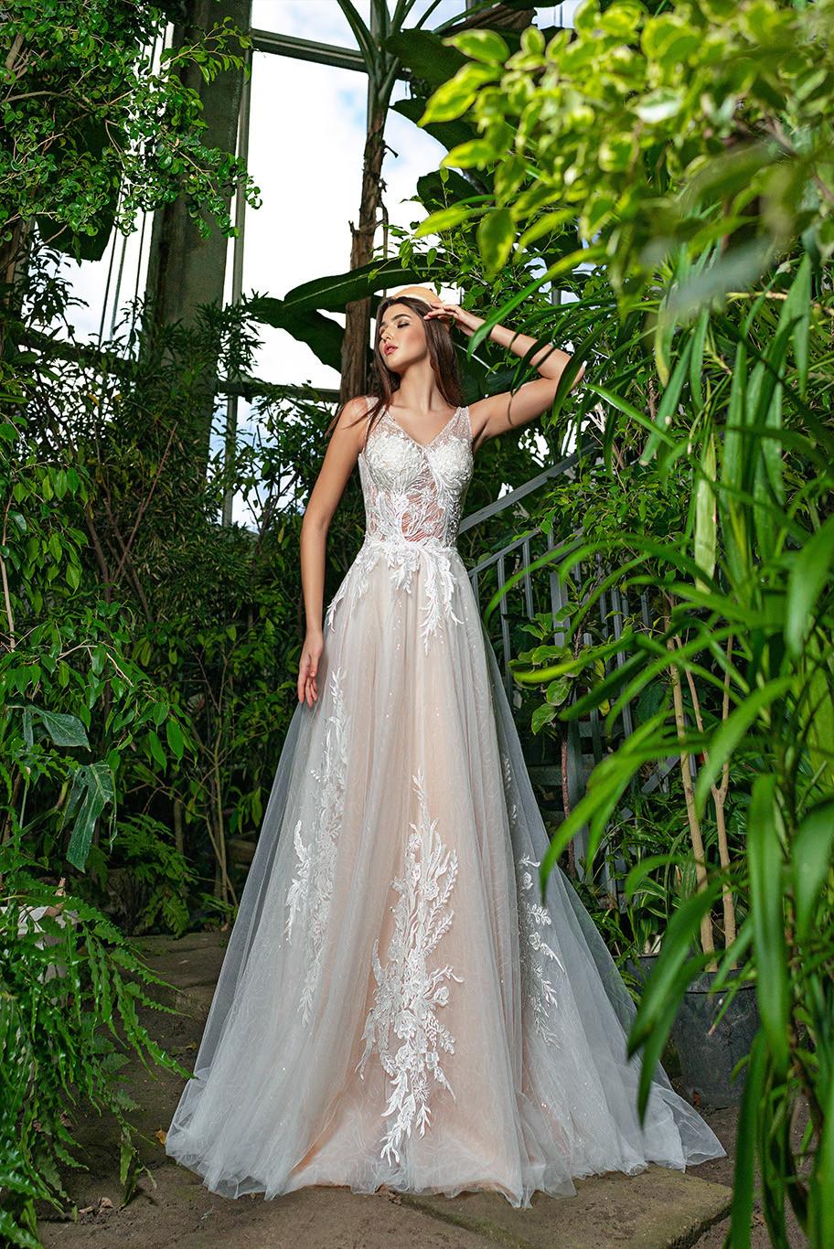 A-line Wedding dress Damiana from designer Annette Moretti