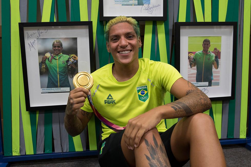 Ana Marcela Cunha - ouro maratona aquática
