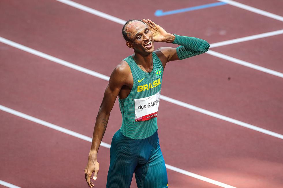 Alison dos Santos - Bronze 400 com barreiras