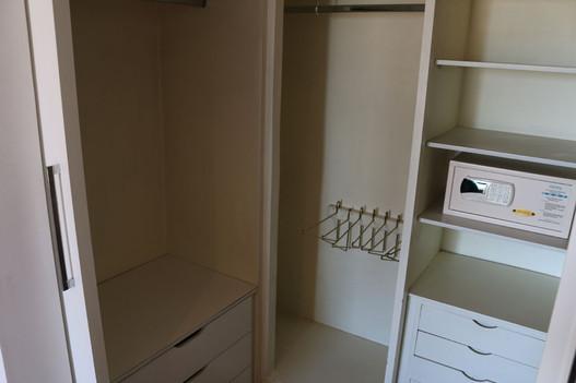 Closet suite Landmark.jpg
