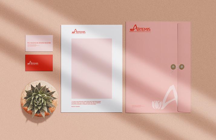 folder-stationery-branding-mockup.png