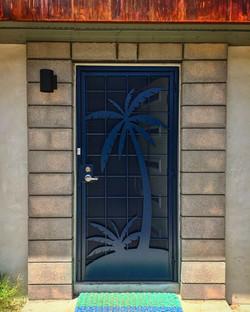Screen door